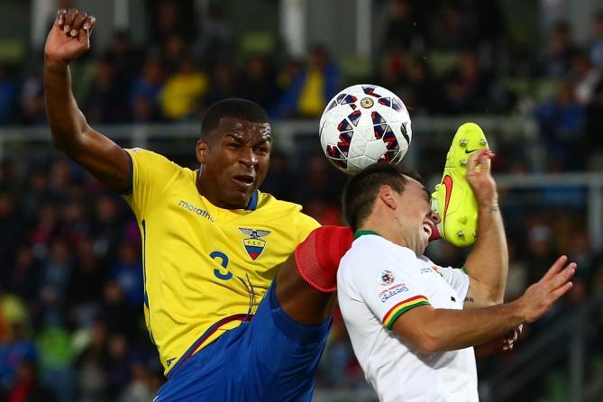 Las selecciones de Ecuador y Bolivia disputan la segunda ronda de la primera fase del grupo A de la Copa America, en el Estadio Elias Figueroa de Valparaíso.