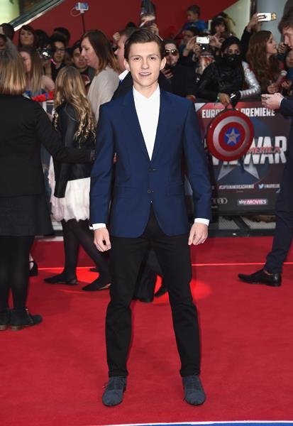 spider-man-star-tom-holland-arrives-at-the-london-premiere-of-captain-america-civil-war-on-tuesday-april-26 - Copy