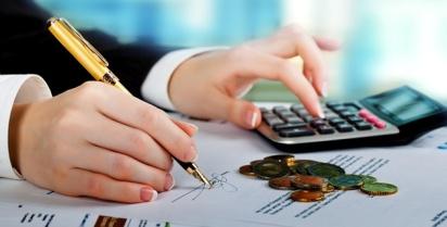 ayudas-para-estudiar-un-master-de-economia-y-finanzas-20141