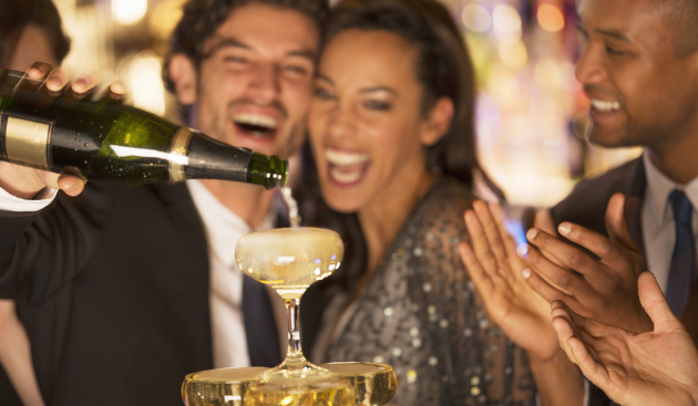 new-years-eve-traditions-couples1