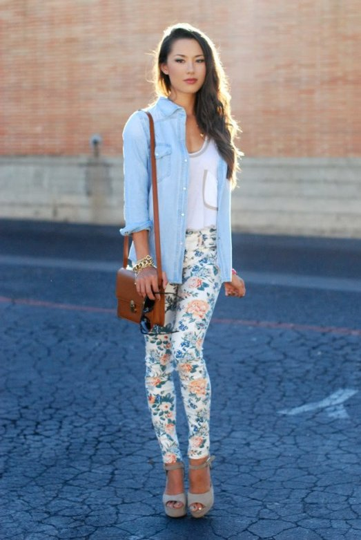 floral-printed-jeans-outfit-with-denim-shirt